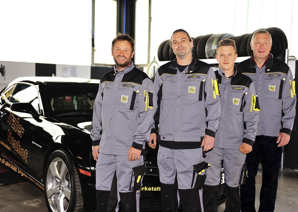 KLF_0553b- Traber Team