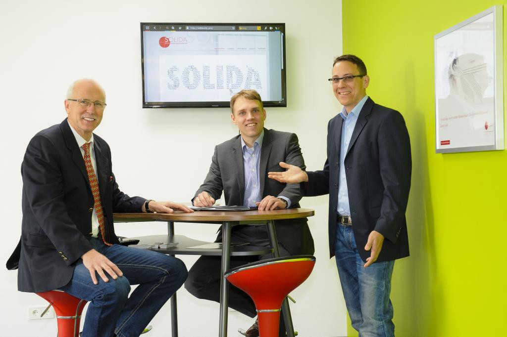 Klaus-Dieter Herrlich (links) und Alexander Heim (mitte) sind SOLIDA.