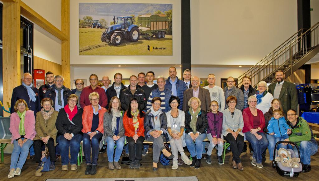 Zahlreiche Mitglieder waren der Einladung von Landtechnik Leinweber gefolgt. Foto: Fotostudio Lippert