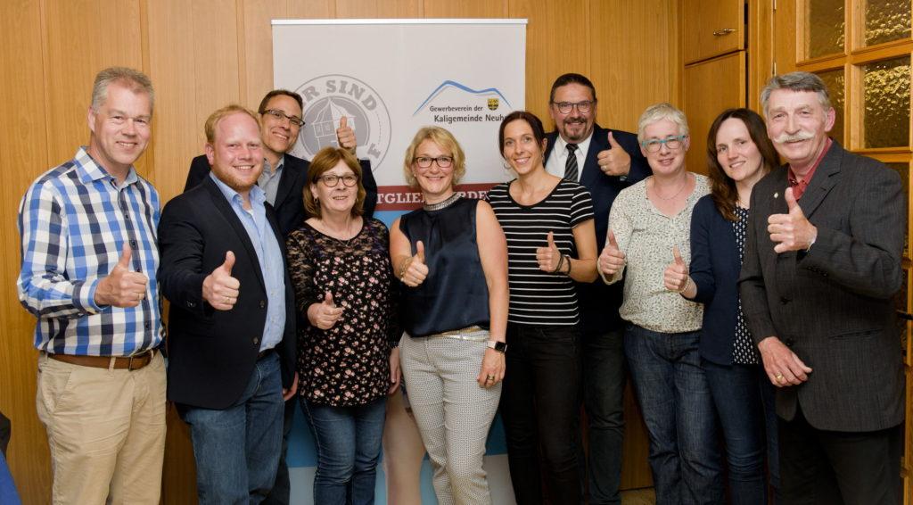 Das Vorstandsteam des Gewerbevereins wurde im Amt bestätigt. Foto: N2L / Alexander H. Klüh